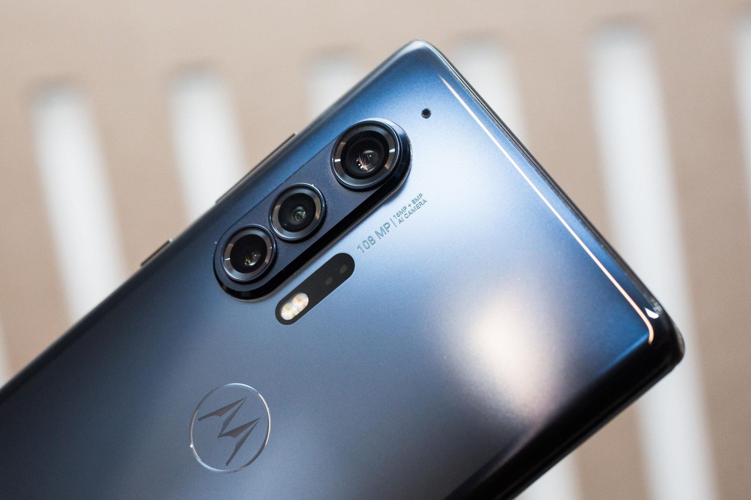 Moto E7 Tam Teknik Özellikler, Resimler Çevrimiçi Bir Satıcı Listesinde Görünür