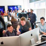 Facebook Çalışanları 2020'nin Sonuna Kadar Evden Çalışmaya Devam Edecek