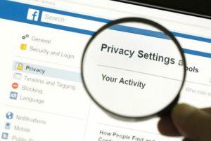 Facebook Kullanıcı Verilerini Resmi Olarak Paylaşıma Açtı!