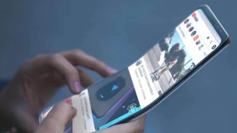 Google'dan Katlanabilir Telefon Geliyor!