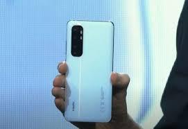 Haftanın Anketi: Plastik, Metal Veya Cam Arka Telefonlar?