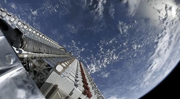 SpaceX'in 2021'deki ilk fırlatılması bir Türk uydusunu yörüngeye koydu