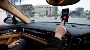Huawei, sürücüsüz arabalarla etkileşim kuran Akıllı Yollar geliştiriyor
