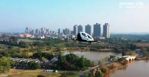 Film Gibi! Uçan Taksi Çin'de Hizmete Sunuldu