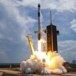 SpaceX Starship SN9'un yüksek irtifa uçuş testinin dramatik bir patlamayla sonunu izleyin