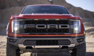 2021 Ford F-150 Raptor, canavar kamyon hiyerarşisini geri getiriyor