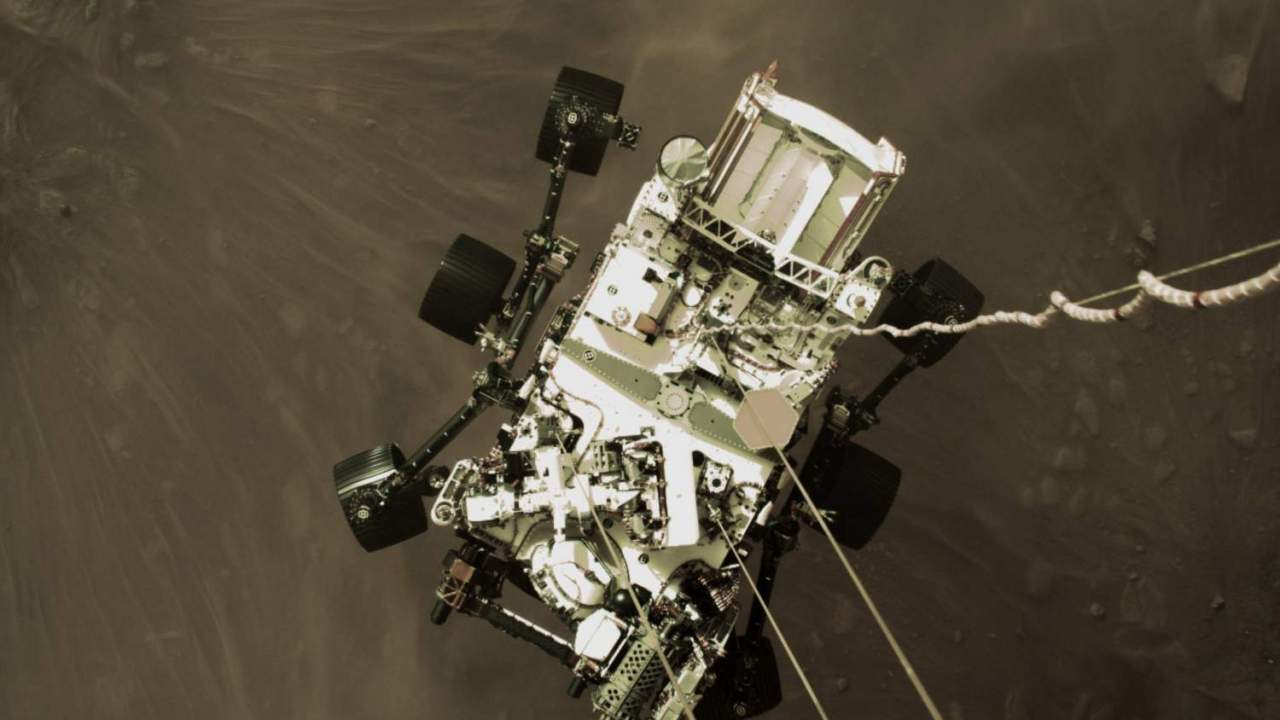 Efsanevi yeni fotoğraflar, Mars'a vahşi inişi sırasında NASA Perseverance gezgini gösteriyor 2021