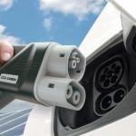 Elektrikli Otomobiller Evde 4 Saatte Şarj Edilebilecek!