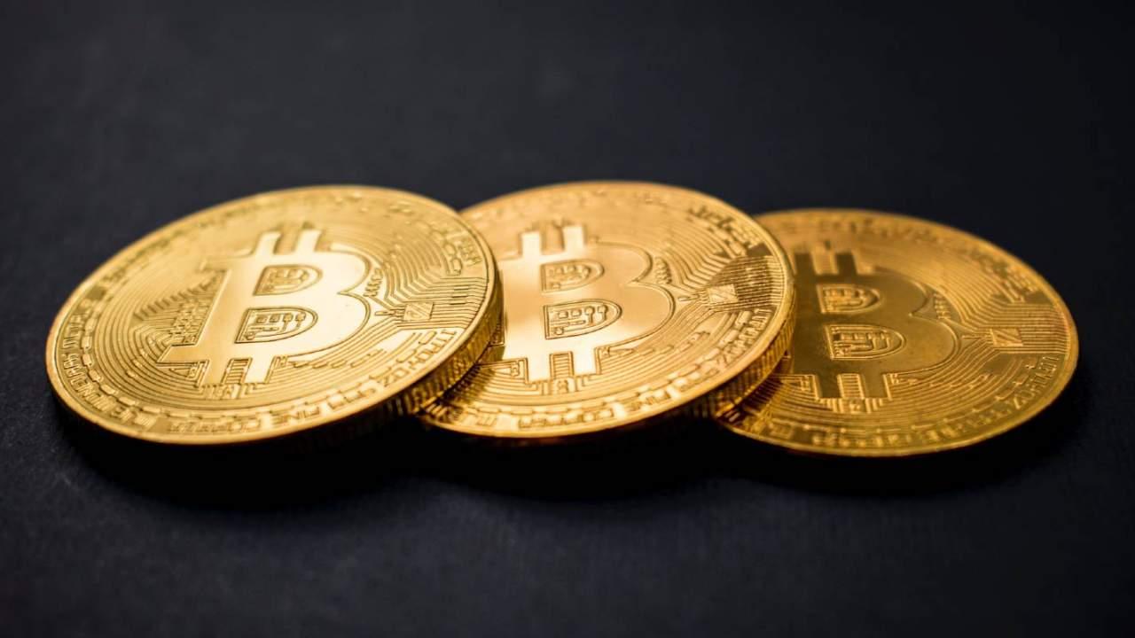 Bitcoin, 1 trilyon dolarlık piyasa değeri ile yeni bir dönüm noktasına ulaştı