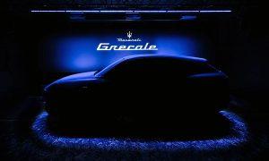 Maserati Grecale SUV, Modena fabrikasının önünde görüntülendi