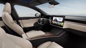 Tesla, elektrikli otomobilleri dokunmatik ekran çarpışma riski üzerinden hatırlıyor