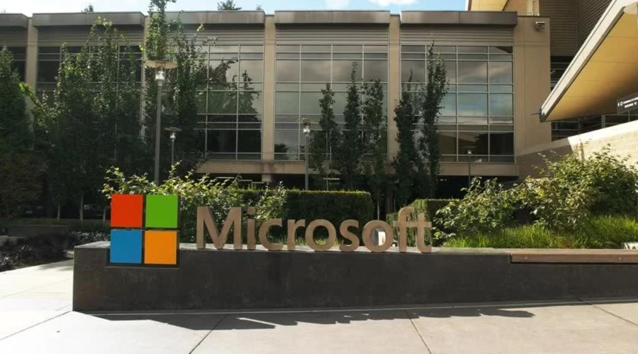 Microsoft, Yeni Xbox Denetleyicilerinde Yanıt Vermemeyle İlgili Sorunu Kabul Ediyor, Düzeltme Üzerinde Çalışıyor