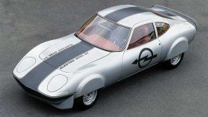 Opel Manta elektrikli bir restomod olarak geri mi dönüyor? Onu getirmek!