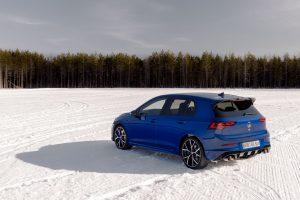 Tamamen yeni 2022 VW Golf R, yeni bir 4Motion dört tekerlekten çekiş sistemine sahipti