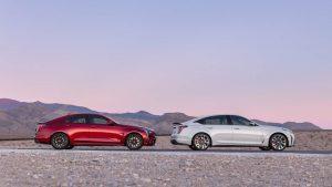 Cadillac'ın ilk üretim V Serisi Blackwing sedanları açık artırmada 430.000 dolar topladı
