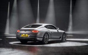 2022 Bentley Continental GT Speed, 208 mph'lik bir W12 gücü kutlamasıdır