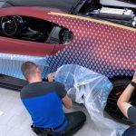 Bu Bugatti Divo Lady Bug'ın geometrik boyama işi gerçekten türünün tek örneği
