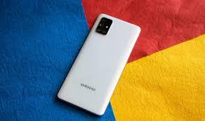 Samsung Galaxy A52 5G'nin ilk kutudan çıkarma videosu, kutudan çıkan içerikleri, kamera özelliklerini ve daha fazlasını ortaya koyuyor