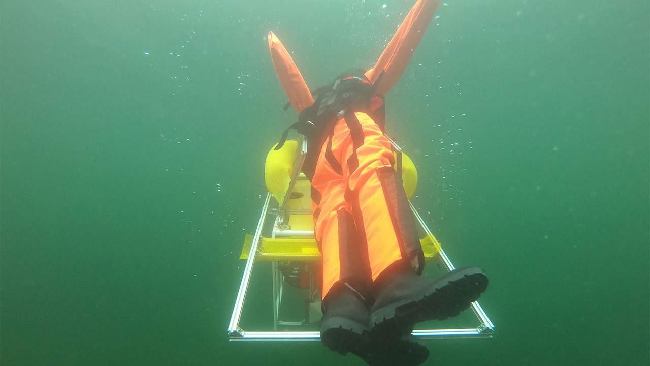 Alman araştırmacılar boğulmaları önlemek için otonom bir su altı robotu yarattı