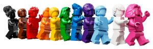 LEGO Everyone çeşitlilik seti Gurur Ayı ile başlıyor.