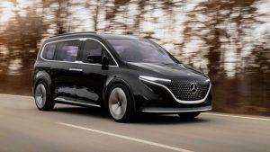 Mercedes-Benz, yeni Renault Kangoo'ya dayanan T-Serisi ve EQT tamamen elektrikli konseptini tanıttı